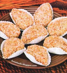 Krispie Treats, Rice Krispies, Algerian Recipes, Algerian Food, Biscuits, Dairy, Sweets, Cheese, Cooking