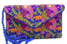 Bolso bordado, estilo boho chic. 11 € en www.mandalabisuteria.com
