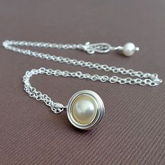 wire wrapped pearl necklace