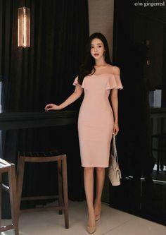 Ulzzang Fashion, Asian Fashion, Girl Fashion, Fashion Dresses, Womens Fashion, Elegant Outfit, Elegant Dresses, Pretty Dresses, Classy Outfits