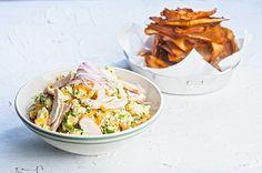 Κοτοσαλάτα με τραγανά τσιπς γλυκιάς πάπρικας | Συνταγή | Argiro.gr - Argiro Barbarigou Food Categories, Salad Bar, Greek Recipes, How To Cook Chicken, Potato Salad, Cabbage, Salads, Vegetables, Cooking
