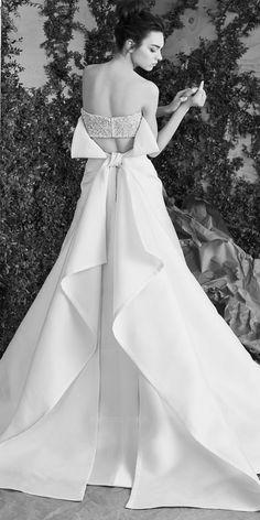 Carolina Herrera | The Prettiest Spring 2017 Wedding Dresses from Bridal Fashion Week