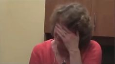 """WOMAN CRIES After Seeing How Easily Our Votes Are Stolen By Electronic Voting Machines [VIDEO] 