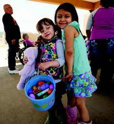 Pre-Easter fun on the Taos Living Center and Taos Youth and Family Center bring together young and old. Photo by Tina Larkin