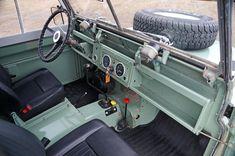 Mark Claypool's 1965 Land Rover Series IIA (24424792C)