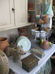 Love the tiered wire basket.