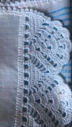 How to Crochet Wave Fan Edging Border Stitch Crochet Boarders, Crochet Edging Patterns, Crochet Lace Edging, Thread Crochet, Crochet Doilies, Crochet Stitches, Knitting Patterns, Crochet Home, Easy Crochet