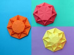 Sole infinito 1, 2 e 3 - Infinity Sun 1, 2, and 3. Origami: from an octagon from a sheet of paper copy, 21 x 21cm. Designed and folded by Francesco Guarnieri, August 2013.
