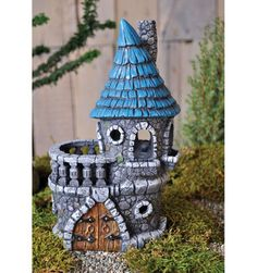 "Fiddlehead Fairy Castle 8.5"" H - Material: Resin"