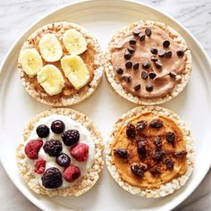 Vegan rice cake toasts 4 different ways These sweet combinations all make a great healthy quick snack Today in honor of April Fool s Day which I m actually not a huge fan of but this recipe happens to fall on this date so just go with Healthy Snacks To Buy, Snacks For Work, Quick Snacks, Snacks Ideas, Healthy Sweets, Healthy Recipes, Lunch Ideas, Healthy Breakfasts, Asian Desserts