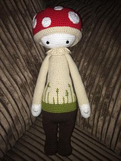 PAUL the toadstool made by Sophie Hickie / crochet pattern by lalylala