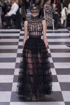 Коллекции | Couture | Весна-лето 2018 | VOGUE