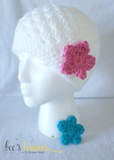 Crochet Spring Beanie with changeable flowers by Bee's Beanies