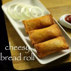 Crispy veg stuffed bread roll stuffed with potato, cheese,spices Indian Dessert Recipes, Indian Snacks, Comida India, Snack Recipes, Cooking Recipes, Healthy Recipes, Paratha Recipes, Chaat Recipe, Stuffed Bread