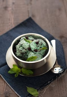 chocolate mint ice cream