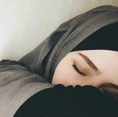 Herbstmode-Trends und Street Style Guide – My CMS Hijabi Girl, Girl Hijab, Hijab Outfit, Hijab Dress, Hijab Style, Hijab Chic, Beautiful Muslim Women, Beautiful Hijab, Mode Niqab