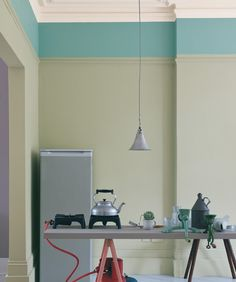 Mizzle No.266A soft blue grey reminiscent of a West Country evening mist. This colour will become more intense when painted in a smaller room and works well with the soft tones of Light Gray, French Gray and Blue Gray. Mizzle is also a perfect colour for use on floors.
