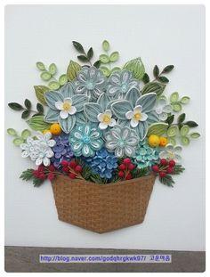 첫번째 바구니와 바구니는 색상만 달리해서 만들고 꽃은 조금 다르게 해서 만들어봤습니다. 3. 세...