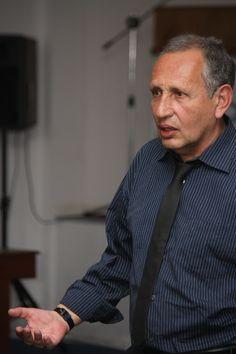 Herman Bustos Paredes. Relator de los seminarios de Marketing Educacional