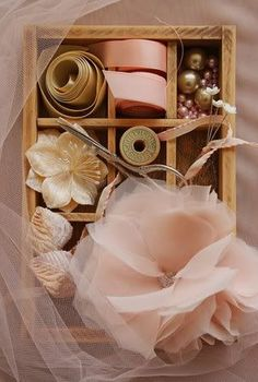 I love that copper rose color with dusty antique gold - so soft and elegant