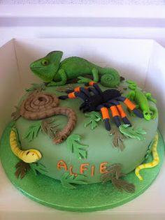 Coolest lizard cake lizard cake lizards and cake love the lizard pronofoot35fo Choice Image