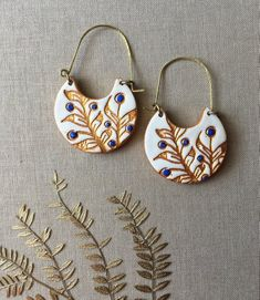 Beautiful Jewelry Editorial White Blue and Gold Cold Porcelain Earrings Portuguese tile inspired Christma. Beautiful Jewelry Editorial White Blue and Gold Cold Porcelain Earrings Portuguese tile inspired Christma. Metal Clay Jewelry, Ceramic Jewelry, Brass Jewelry, Polymer Clay Jewelry, Clay Earrings, Diy Jewelry Rings, Jewelry Gifts, Jewelry Making, Cold Porcelain Jewelry
