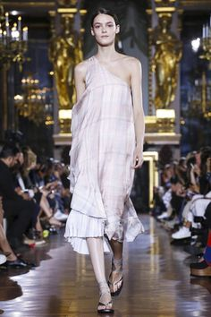 Stella Mccartney Ready To Wear Spring Summer 2015 Paris - NOWFASHION