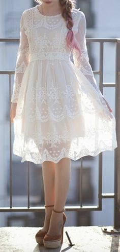 sweet lace dress  http://rstyle.me/n/hrsfipdpe