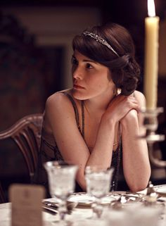 Michelle Dockery as Lady Mary Crawley in Downton Abbey (2010).  ~ I love her hair in this scene! ~ Period Piece Costume ~ 1910s