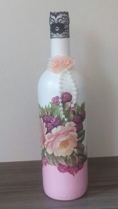 , look up hand crafted, vintage, and maybe associated with a class merchandise and their personal gifts regarding each of your look. Recycled Glass Bottles, Painted Wine Bottles, Painted Wine Glasses, Bottles And Jars, Alcohol Bottles, Liquor Bottles, Plastic Bottles, Wine Bottle Art, Diy Bottle