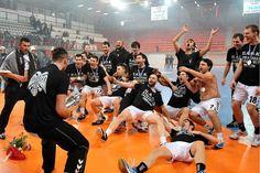 Κυπελλούχος ο ΠΑΟΚ (pics) Basketball Court, Sports, Hs Sports, Sport