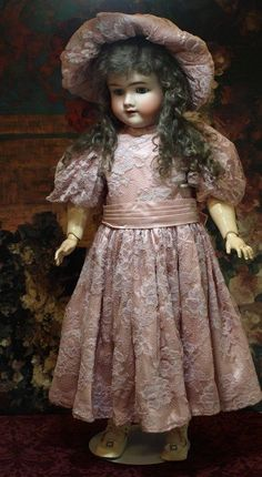 Lovely German Antique Doll-Heinrich Handwerck ♥♥