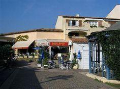 Vakantiewoning Zuid Frankrijk | Cote d Azur | Sfeervolle vakantiewoning met eigen aanlegplaats en gemeenschappelijk zwembad.