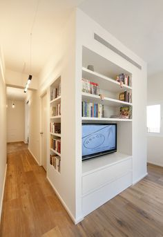 Small and smart apartment in Tel Aviv