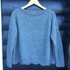 Ravelry: Ahhhh mink sweater pattern by Katrine Hannibal Easy Sweater Knitting Patterns, Dishcloth Knitting Patterns, Easy Knitting, Knitting Books, Summer Knitting, Raglan, Knit Fashion, Ravelry, Couture