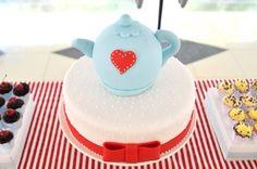 Ideia de bolo para Chá de Panela. Mande foto do seu bolo tambem!  #mfps #casamento #chadepanela #bride