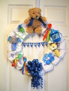 How cute is this wreath for a new mom?