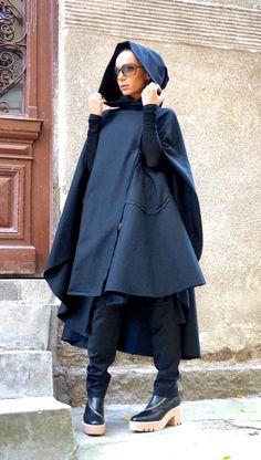 NUOVO inverno con cappuccio nero Cashmere / lana cappotto / tasche laterali /Zippers  Cappotto asimmetrico nero stravagante e uniche  Con fodera