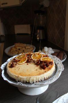 Cinnamon, orange, pecan, vanilla cheesecake