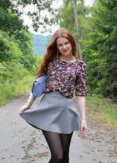 Kupuj mé předměty na #vinted http://www.vinted.cz/damske-obleceni/minisukne/16049528-seda-kratka-sukne-z-hh