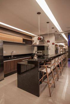 Cozinhas modernas por Heloisa Titan Arquitetura