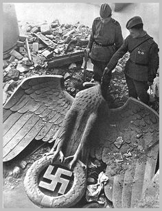 GERMAN SURRENDER WORLD WAR II | ... (Russian Front) Second World War: 1945: The Last Months Of the War