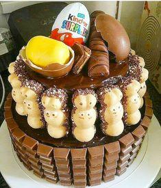 Bueno-kinder egg-happy hippo cake Kinder Chocolate Cake, Hippo Cake, Egg Cake, Cupcakes, Tasty, Yummy Food, Dessert Table, Dessert Food, Recipe Link