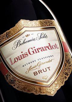 Louis Girardot er den mest prestigefulde flaske hos Tjekvin og også navnet på grundlæggeren- besøg Tjekvin.dk -