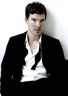 <3 Happy Birthday Benedict Cumberbatch.  July 19! He'll be 37!