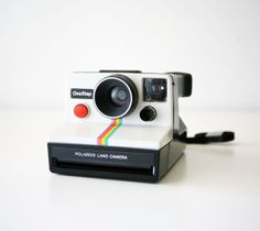 Mid Century Modern Vintage Polaroid One Step Rainbow SX 70 Land Camera Vintage Polaroid Camera, Polaroid Instant Camera, Polaroid One Step, Fujifilm Instax Mini, Cool Gadgets, Photography Tips, Vintage Items, Buy And Sell, Retro