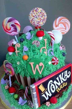 Charlie and the chocolate factory cup cake, amazing!