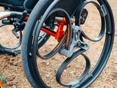 """[VIDEO] Clever Shock-Absorbing Bike Wheel, Now for Wheelchairs; """"Loopwheels""""; Details."""