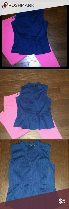 Apt. 9 Denim Top Peplum top, very gently worn! Looks adorable and can be worn with many things?? Apt. 9 Tops