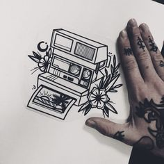Pinterest: •Linell• #TraditionalTattoos